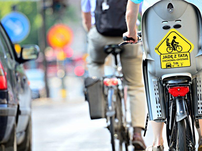 Odblaskowe naklejki na pewno nie umkną uwadze kierowców