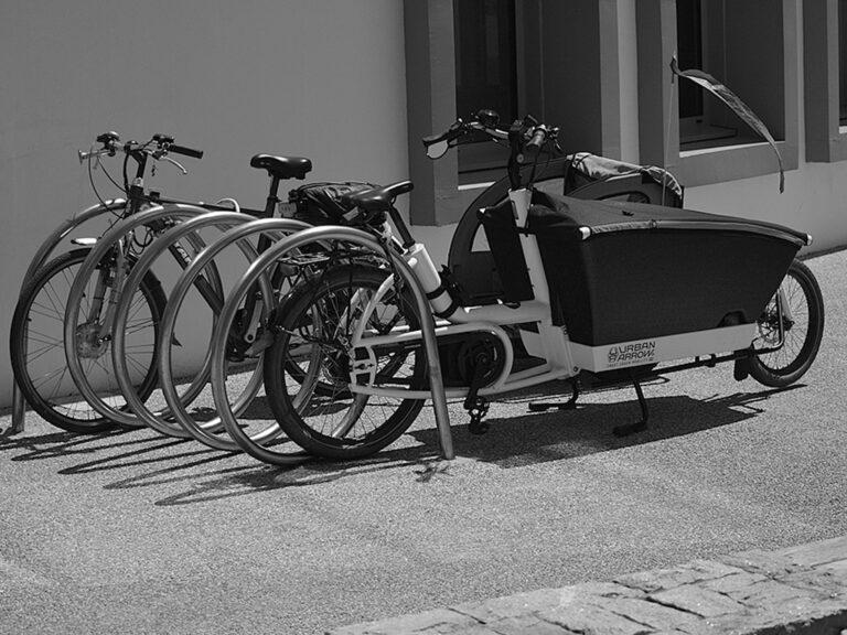 Spiralny stojak rowerowy