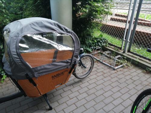 Dlaczego wyrwikółka są złe? Bo nie zaparkujesz w nich każdego roweru.