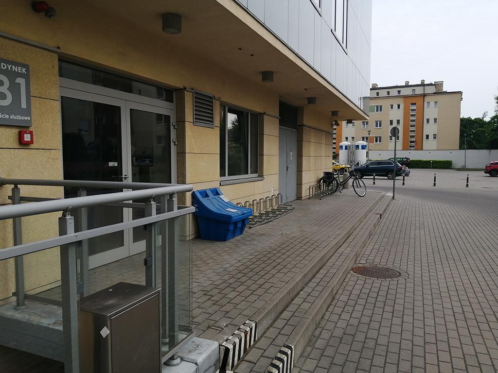 Parkingi rowerowe bydgoskich placówek medycznych - Dziecięcy Szpital w Bydgoszczy