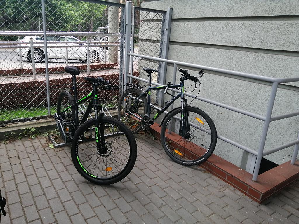 Parkingi rowerowe bydgoskich placówek medycznych - Szpital Miejski Bydgoszcz